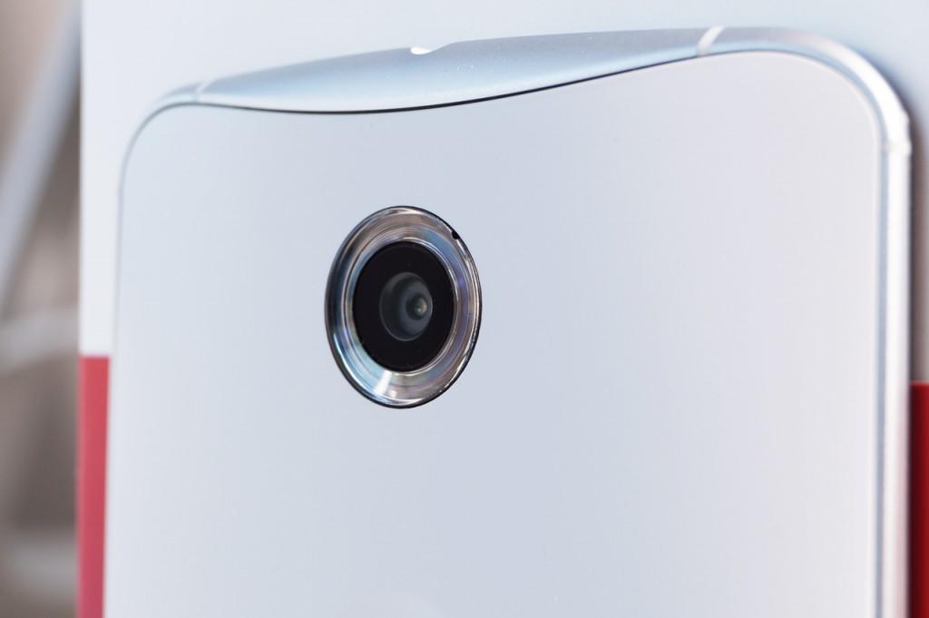 Nexus 6, kamera